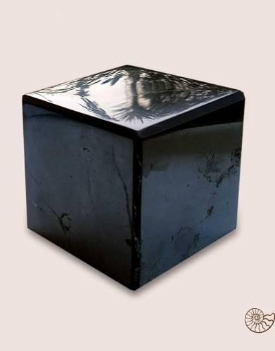 shungite-cube-polished